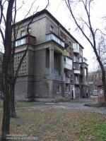 Так и хочется сказать: «Вот эта улица, вот этот дом…», ведь переулок Дружный. По своему архитектурному наполнению сродни многим столичным улицам.