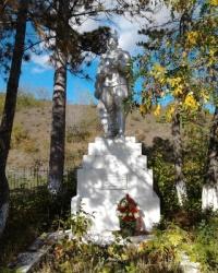 Памятник погибшим воинам 1941-1944гг.
