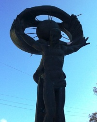 """Мемориал """"Чорнобильський лелека"""", г. Луганск"""