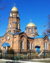 Свято-Покровский храм в с. Трехизбенка