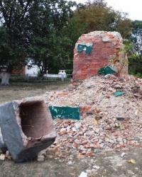 Пам'ятники Леніну (2 штуки), с. Лютівка