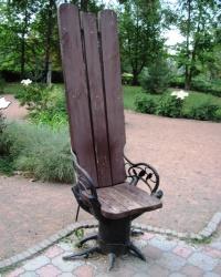 """Поляна скамеек в парке """"Салгирка"""", г. Симферополь"""