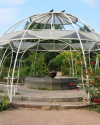 Беседка с фонтаном в Салгирке, г. Симферополь