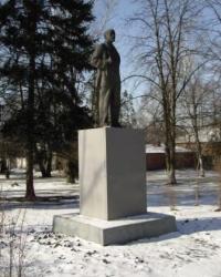 Памятник Ленину В.И. в ЛНАУ