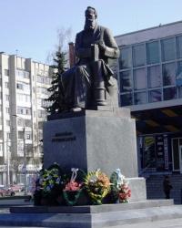 Памятник Грушевскому М.С., г. Луцк
