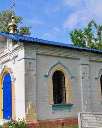 Цвинтарна каплиця у Гнатівці