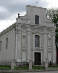 Костел св. Архангела Михаїла у Вороновиці