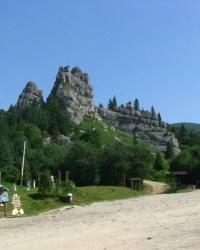 Тустань - наскельне місто-фортеця в с. Урич