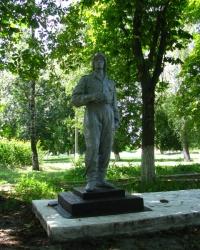 Памятник воинам, погибшим в ВОв, пос. Ротмистровка