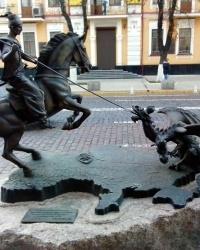 Скульптурна композиція «Козак-переможець» в Києві