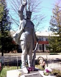 Пам'ятник односельчанам загиблим у Другій Світовій війні, с. Кожухівка