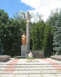 Меморіал радянським воїнам Другої світової війни, с. Дибинці