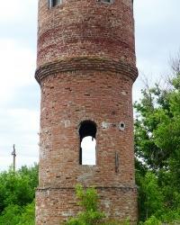 Водонапорная башня 19 века (недействующая) в с. Лагидное