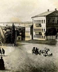 пр. Карла Маркса, 34 (Дом Остроухова) в Днепропетровске
