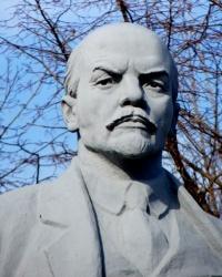 Памятник Владимиру Ильичу Ленину в Синельниково