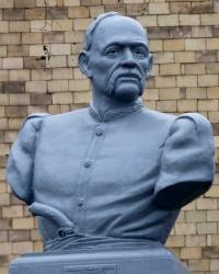 Памятник Ивану Сирко в Мерефе
