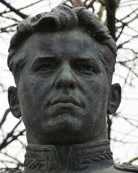 Памятник Кравченко Г.П в Голубовке