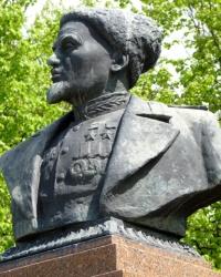 Памятник Сидору Ковпаку (Котельва)