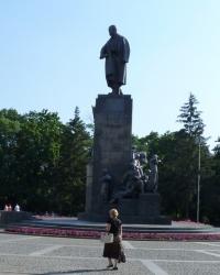 Памятник Тарасу Шевченко в Харькове