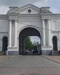 Киевские ворота Глуховской крепости (1766 - 1769 гг.). Глуховская крепость в г. Глухов