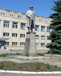 Памятник В.И.Ленину в пгт.Петропавловка