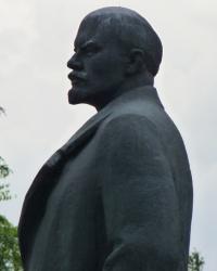 Памятник В.И.Ленину в Магдалиновке