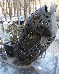 Кованая фигура рыбы (рыбный ресторан) в Днепропетровске