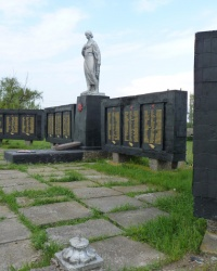 Братская могила в с.Евдокиевка (Магдалиновский р-н)
