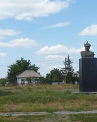 Памятник М.В. Фрунзе в Решетиловке