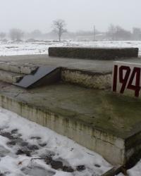 Братская могила в с.Настасовка (Томаковский р-н)