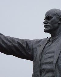 Памятник В.И.Ленину (на КРЭСе) в г.Кривой Рог