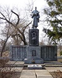 Мемориал с братскими могилами в с.Котовка