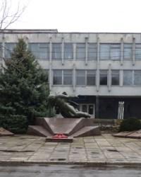 Группа братских могил советских воинов и партизан в пгт.Петриковка