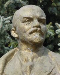 Памятник В.И.Ленину в с.Ивановка