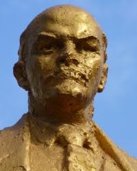 Памятник В.И.Ленину в с.Вольное (Криворожский р-н)