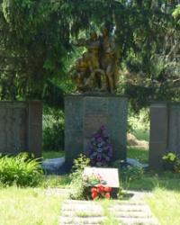 Братская могила в с.Орлик (Кобелякский р-н)