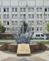 Памятник саперам, флотским минерам и водолазам в г.Керчи
