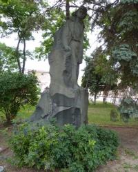 Памятник Володе Дубинину в г.Керчи
