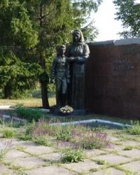 Мемориал советским воинам в Решетиловке