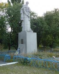 Братская могила в с.Довгалевка (Великобагачанский р-н)