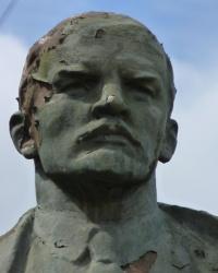 Памятник В.И.Ленину в с.Красногоровка