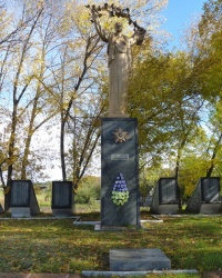 Братская могила в с.Глубокая Балка (Решетиловский р-н)