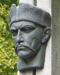 Памятник Мартыну Пушкарю в г.Полтава