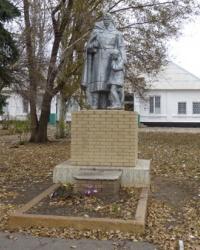 Братская могила в с.Новопетровка (Запорожский р-н)