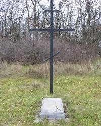 Пам'ятний знак Голодомору (1932-33 років) у c.Кротенки