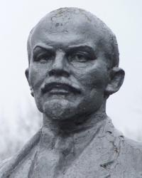 Памятник В.И.Ленину в с.Жовтневое