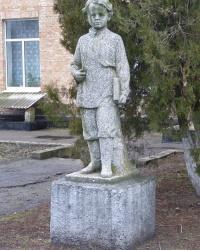 Памятник Вове Ульянову в с.Саевка