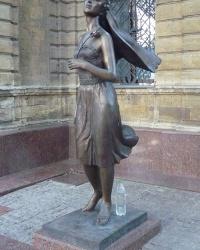 Памятник невесте в г. Николаев