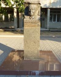 Памятник Курбанову А.П. в г. Черкассы