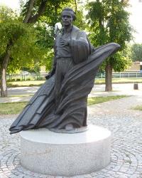 Памятник украинскому поэту-шестидесятнику В. Симоненко в г. Черкассы